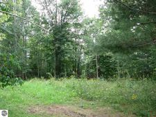 1174 Cranberry Pike, East Tawas, MI 48730