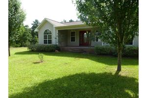 425 Perry County Line Rd, Richton, MS 39476