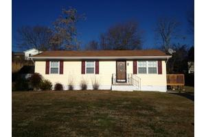 211 Nancy Ln, Clinton, TN 37716