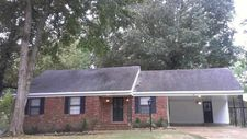 3281 Whitney Ave, Memphis, TN 38128