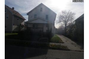 448 Cole Ave, Akron, OH 44301