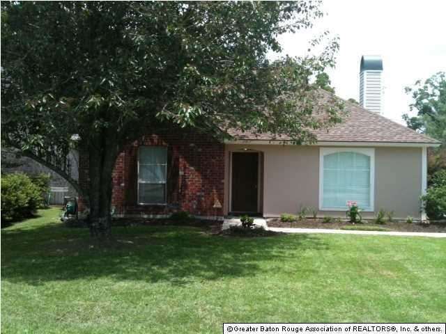 17817 Nine Oaks Ave, Baton Rouge, LA 70817
