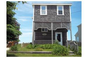 213 Taylor Ave, Plymouth, MA 02360