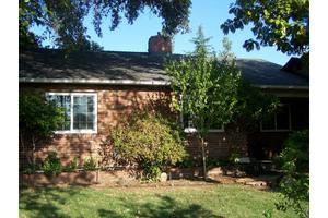 2437 California St, Redding, CA 96001