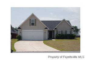 5211 Woodpecker Dr, Hope Mills, NC 28348