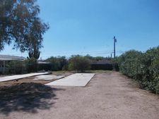 588 S Lawson Dr, Apache Junction, AZ 85120