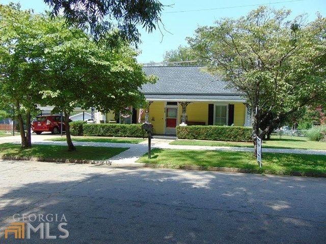 516 s lewis st lagrange ga 30240 home for sale and for Home builders lagrange ga