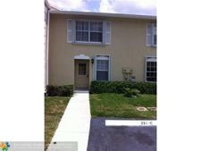210 Foxtail Dr Apt C, Greenacres, FL 33415