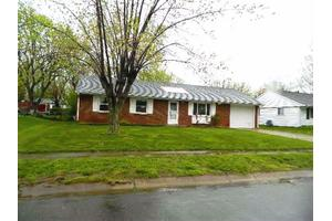 771 Martha Dr, Franklin, OH 45005