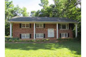 111 Konnarock Cir, Greenville, SC 29617