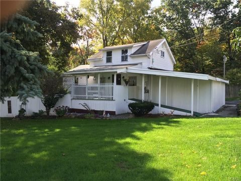 157 Old Little Britain Rd, Newburgh, NY 12550