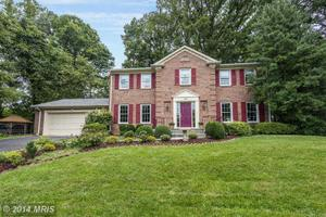 8803 Daimler Ct, Potomac, MD 20854