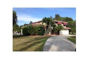 20127 SW 54th Pl, Pembroke Pines, FL 33332
