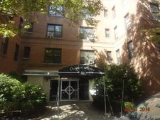 611 W 239th St Frnt 1, Bronx, NY 10463