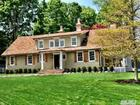 Photo of 39 Atterbury Dr, Smithtown, NY 11787