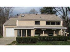 4719 Echo Glen Dr, Pittsburgh, PA 15236