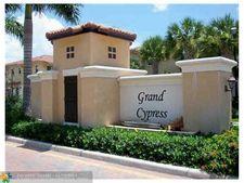4720 Cypress St, Coconut Creek, FL 33073