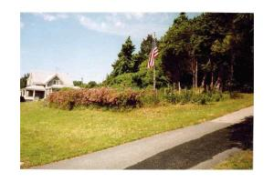 130 Manomet Point Rd, Plymouth, MA 02360
