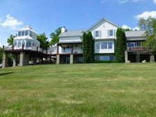 S2891 Kuester Ln, Town Of Chaseburg, WI 54621