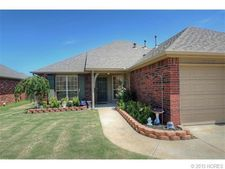 12423 E 128th Pl N, Collinsville, OK 74021