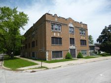 205 W 14th Pl, Chicago Heights, IL 60411