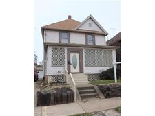 1305 7th St Nw, Canton, OH 44703