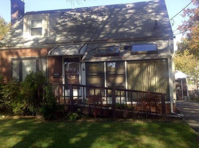 653 Thomas Pl, Rahway, NJ 07065