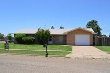 2400 Duckworth Ave, Clovis, NM 88101