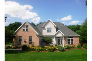 N5289 Kyle Ct, Plymouth, WI 53073