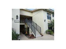 1701 Balfour Point Dr Apt H, West Palm Beach, FL 33411