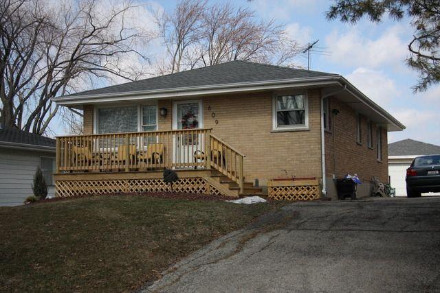 609 W Gladys Ave Elmhurst, IL 60126