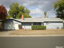 9891 Meteor Dr, Sacramento, CA 95827