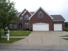 15151 New Haven Dr, Westfield, IN 46074