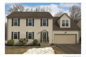 33 Timothy Dr, Middletown, CT 06457