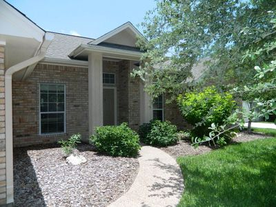 412 Fairway Oaks St, Rockport, TX