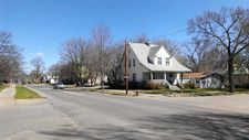 1030 Fremont St, Manhattan, KS 66502