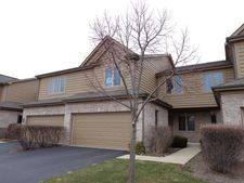 72 Santa Fe Ct, Willow Springs, IL 60480