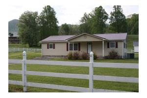172 Big Sandy Rd, Elizabethton, TN 37643