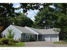 4 Tumblebrook Pl, Cheshire, CT 06410