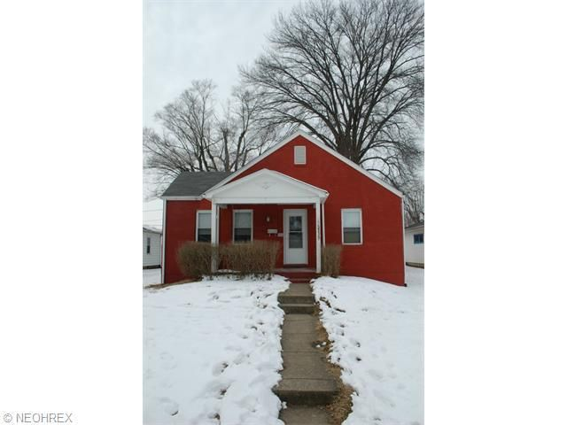 2117 Marion Ave, Zanesville, OH 43701