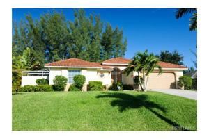 2902 SW 10th Pl, Cape Coral, FL 33914