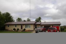 104 Adamsen Dr, Grafton, ND 58237