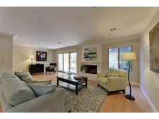 19550 Vineyard Ln, Saratoga, CA 95070