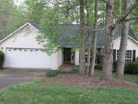1332 Trailwater Chase Nw Acworth GA 30102