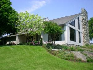 2483 Bluegr Ln, Ronks, PA 17572 - realtor.com® on lancaster county, silver spring, new holland, nickel mines,