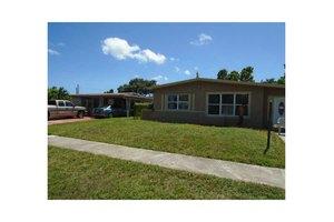 4260 SW 36th St, West Park, FL 33023