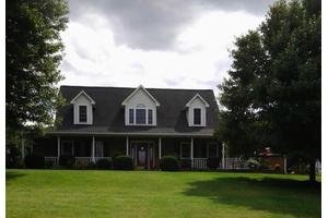4673 Country Club Rd, Troutville, VA 24175