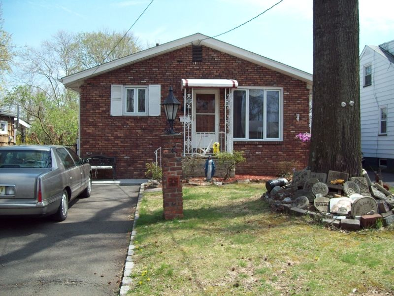 1467 Franklin St, Rahway, NJ 07065