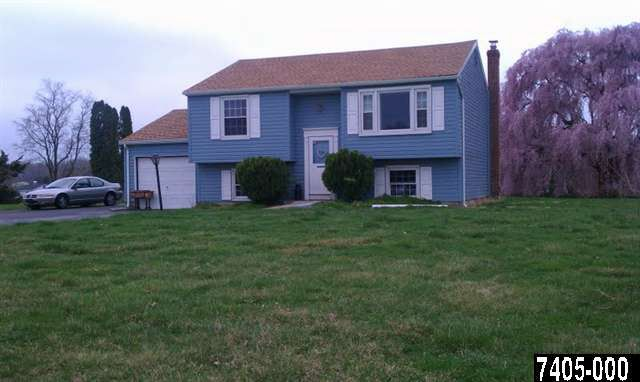 2 Dutton Rd, New Freedom, PA