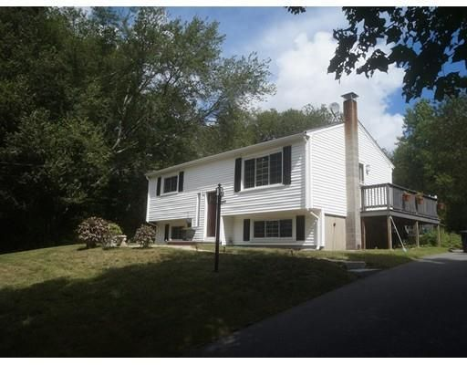 840 Plymouth St Middleboro Ma 02346 Home For Sale And